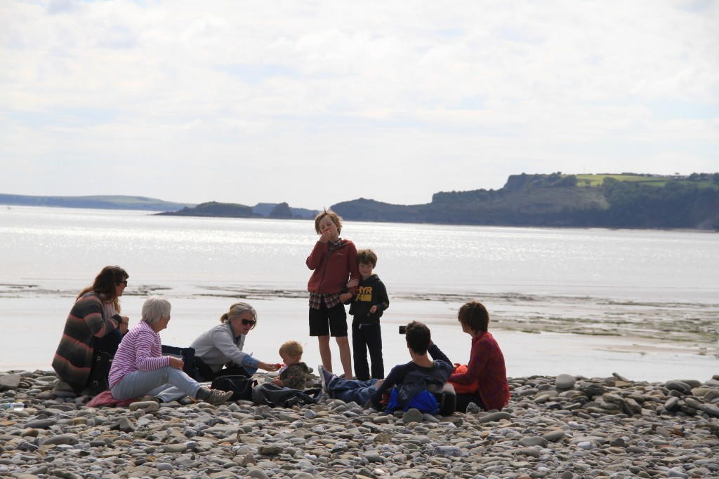 Picnic on the pebbles at Amroth