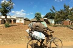 Heavy bike-loads, Malawi